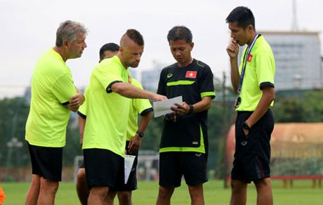Lo bi quyet giup U19 Viet Nam thi dau thang hoa - Anh 3