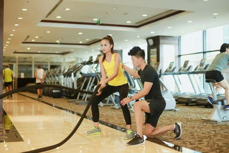 Ngam chan dai Ngoc Chau goi cam tap gym - Anh 13