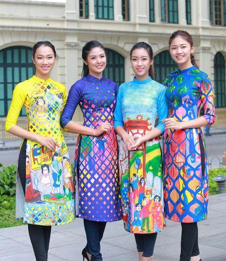 HH Ngoc Han, My Linh ra pho nhay flashmob cuc sung - Anh 8