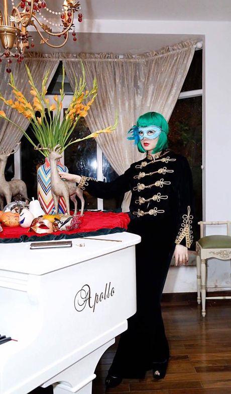 Sao Viet hoa trang Halloween rung ron doa fan dung tim - Anh 15