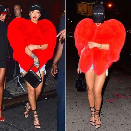 20 bo trang phuc dinh cao cua Rihanna - Anh 5