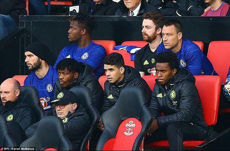 Southampton 0-2 Chelsea: Voi Conte, khoanh khac loe sang cua Hazard va Costa la du! - Anh 2