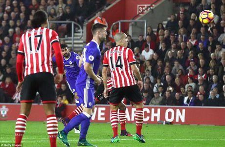 Southampton 0-2 Chelsea: Voi Conte, khoanh khac loe sang cua Hazard va Costa la du! - Anh 5