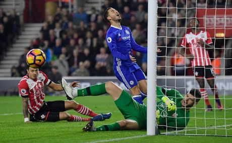 Hazard phut thu sau, Costa lap sieu pham giup Chelsea thang dep Southampton - Anh 7