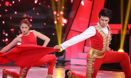 Hot boy Buoc nhay ngan can 2016 bi loai day tiec nuoi - Anh 2