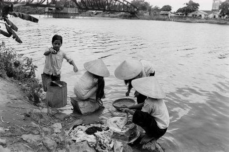 Xu Hue nam 1965 net cang trong anh cua Bill Eppridge - Anh 12