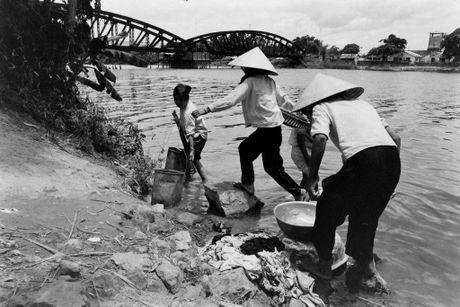 Xu Hue nam 1965 net cang trong anh cua Bill Eppridge - Anh 14