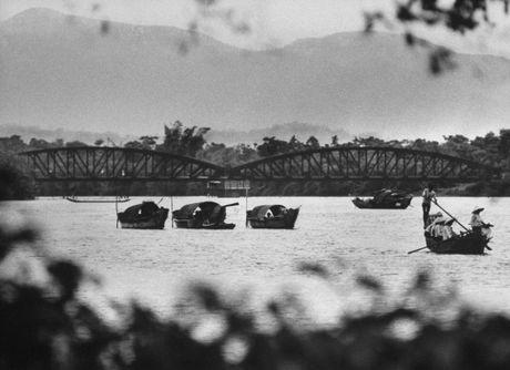 Xu Hue nam 1965 net cang trong anh cua Bill Eppridge - Anh 15