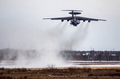 That vong noi that sieu 'radar bay' A-50U cua Nga - Anh 5
