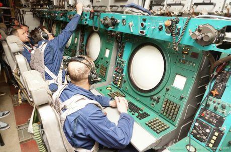 That vong noi that sieu 'radar bay' A-50U cua Nga - Anh 8