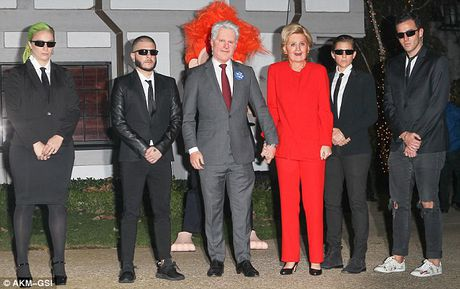 Katy Perry bien thanh ba Hillary Clinton di du tiec Halloween - Anh 5