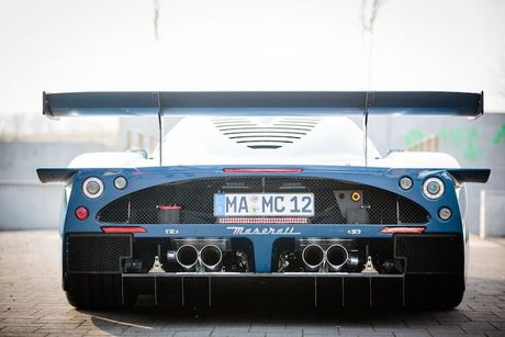 Maserati MC12 doc ban Versione Corse 'tai xuat giang ho' - Anh 3