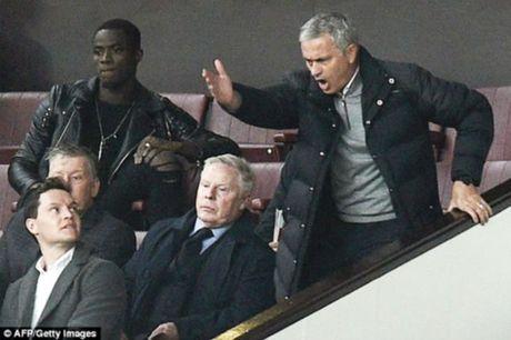 Kho khan chong chat voi Jose Mourinho - Anh 1