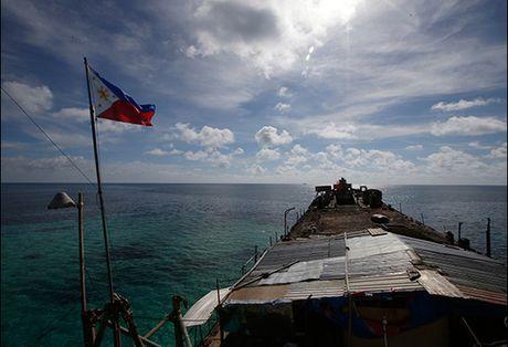 Tong thong Duterte tha 17 ngu dan Viet Nam - Anh 1