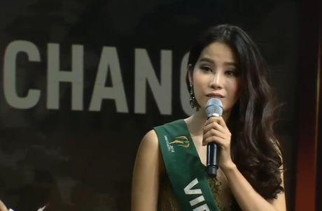 Nam Em va bai hoc 'dat gia' cho nguoi dep Viet thi quoc te - Anh 1