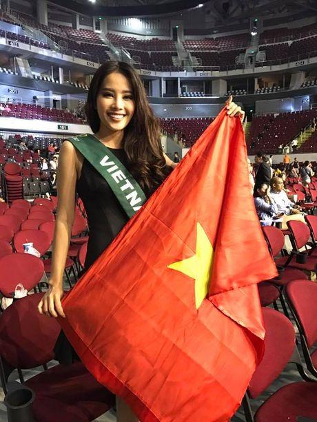 Nam Em va bai hoc 'dat gia' cho nguoi dep Viet thi quoc te - Anh 2