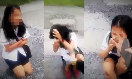 Cong an vao cuoc dieu tra vu mot hoc sinh bi danh hoi dong va bat liem chan - Anh 1