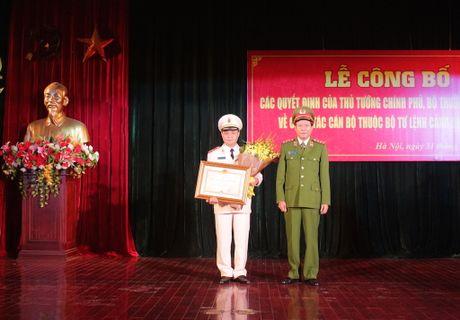 Thu tuong bo nhiem Tu lenh Canh sat co dong - Anh 4