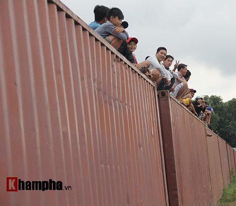 Doc la: Ngoi noc container xem dua xe tai Binh Duong - Anh 6