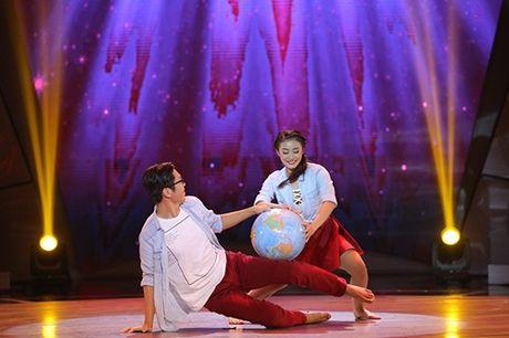 Buoc nhay ngan can: Hot girl mum mim moi om nhap vien van khien Lan Khue, Mr Dam than phuc - Anh 12