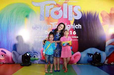 Gia dinh sao Viet hao hung voi 'Quy lun tinh nghich - Trolls' - Anh 11