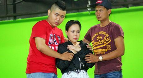 Viet Huong gan nhu kiet suc cho liveshow mien phi - Anh 1