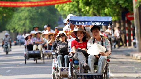 Thang thu 4 lien tiep du lich Viet don tren 800 nghin luot khach - Anh 1