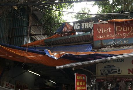 Nhung tam bien cho 'tang hinh' o Ha Noi - Anh 3