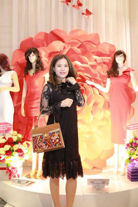 Vu Thu Phuong rang ro ben chong va 2 con gai - Anh 7
