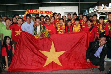 U19 Viet Nam rang ro ngay tro ve - Anh 10