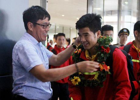 U19 Viet Nam rang ro ngay tro ve - Anh 3