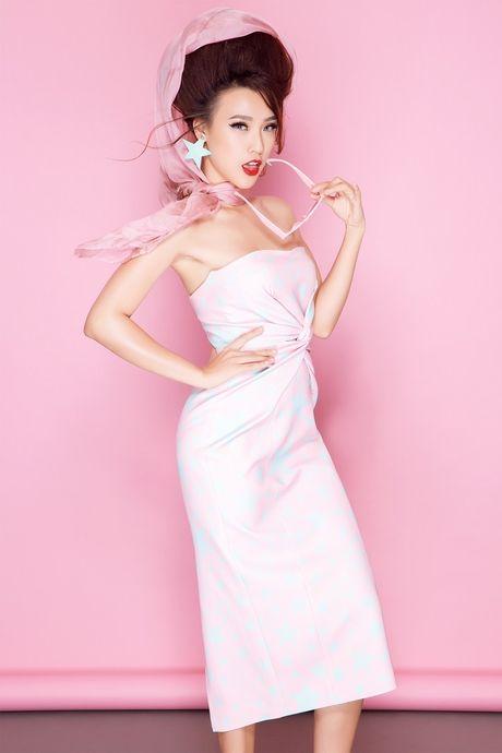 Tro thanh 'pop - art lady' sieu nghich ngom nhu A hau Hoang Oanh - Anh 10