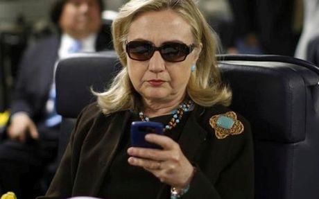 Vi sao FBI mo lai dieu tra be boi email ca nhan cua ba Clinton? - Anh 1