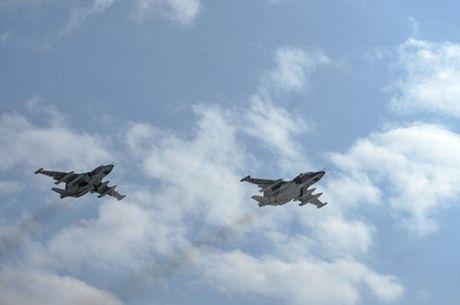 NATO va Nga tien hanh hai cuoc tap tran song song o vung Balkan - Anh 1