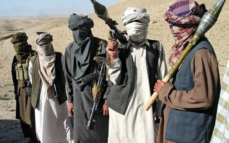 Tieu diet thu linh chu chot cua Taliban o mien Dong Afghanistan - Anh 1