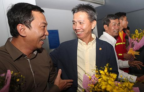 HLV Hoang Anh Tuan len tieng ve loi choi cua U19 Viet Nam - Anh 1