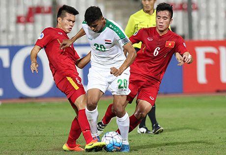 HLV Hoang Anh Tuan len tieng ve loi choi cua U19 Viet Nam - Anh 2