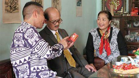 NSUT Pham Bang nho dao dien Khai Hung doc dieu van trong le tang - Anh 2