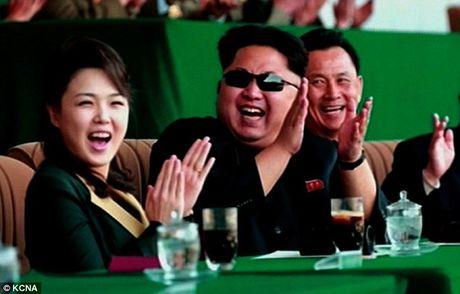 Vo Kim Jong-un vang mat 7 thang vi mau thuan gia dinh? - Anh 1