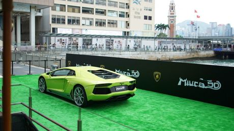 Ngam Lamborghini Aventador mau ran xanh cuc 'doc' - Anh 5
