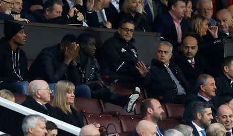 Diem tin hau truong 1/11: Doc tai nhu Mourinho; Sieu mau goc Thai tung anh 'nong' co vu thay tro Pep Guardiola - Anh 2