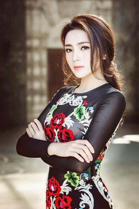 Ngam hoa hau Viet bat kip xu huong moi day quyen ru - Anh 5