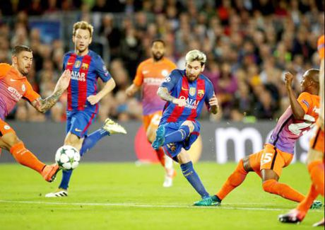 Manchester City - Barcelona (2 gio 45 ngay 2-11): Soi ky Lionel Messi - Anh 1