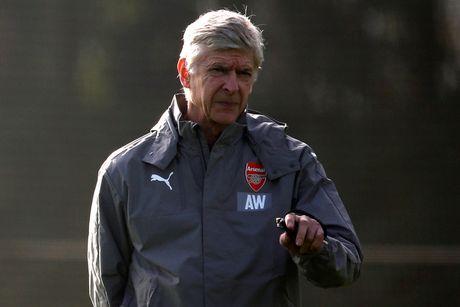 Doi hinh sut me, Wenger van quyet gianh ngoi dau o Champions League - Anh 1
