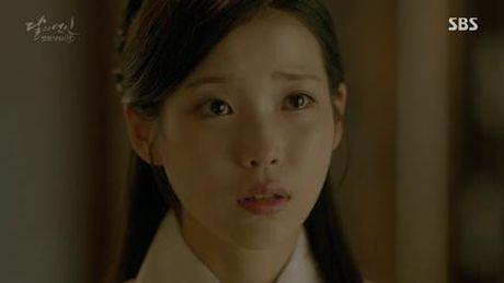 Nguoi tinh anh trang tap 19: IU ket hon voi em trai Lee Jun Ki, Seohyun tu van - Anh 1