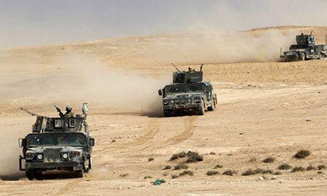 Quan doi Iraq chi con cach Mosul vai tram met - Anh 1