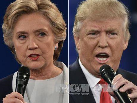 Ong Trump bam duoi ba Clinton tai cac bang chien dia - Anh 1