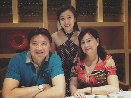 Con nuoi Hoai Linh bat ngo cong khai nguoi yeu xinh dep - Anh 3