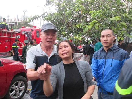 Hoa hoan o quan karaoke tren pho Tran Thai Tong: Chua xac dinh duoc nhom khach den hat - Anh 4