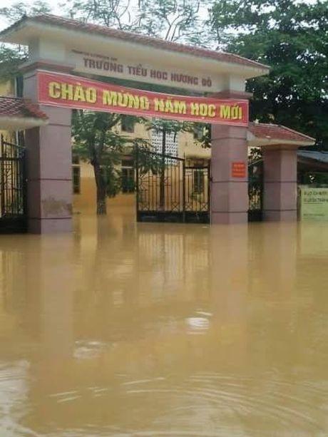 'Lu chong lu', 21.000 hoc sinh o Huong Khe, Ha Tinh phai nghi hoc - Anh 1